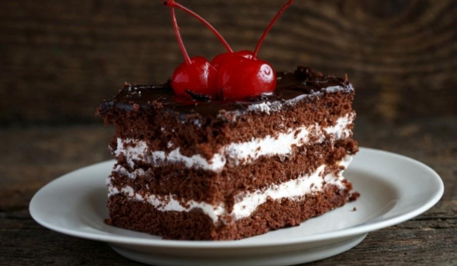 Dobry lektor jest jak tort. Dlaczego warto za niego zapłacić?