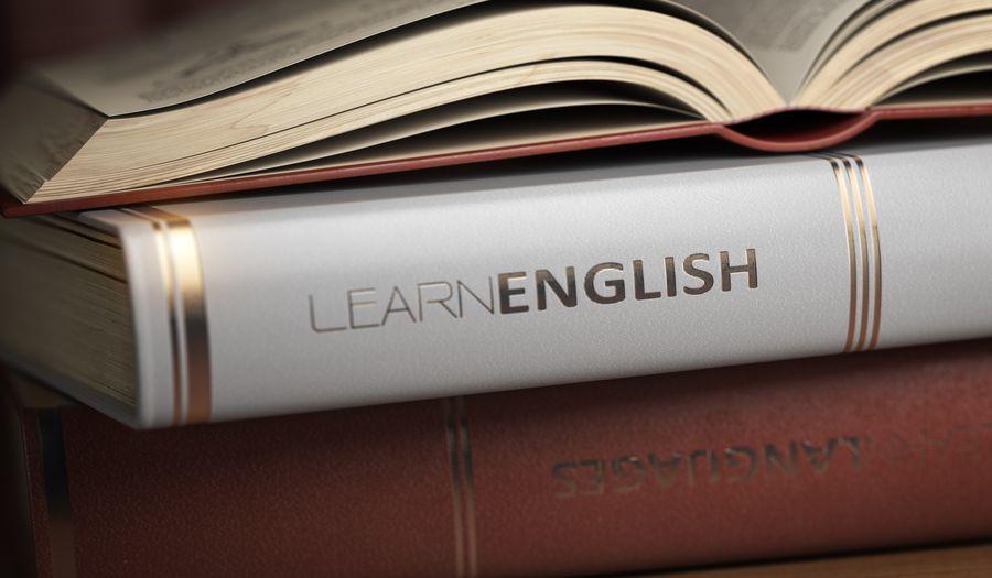 Słówka czy gramatyka? Od czego zacząć naukę języka