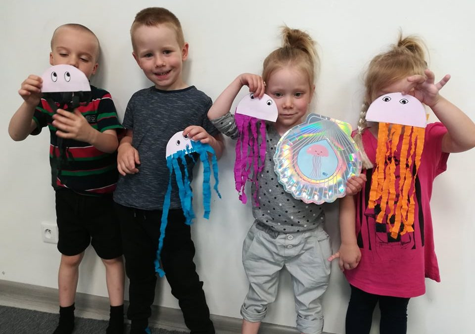 Co dają projekty kreatywne na angielskim dla dzieci