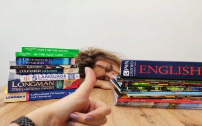 Słownik to Twój przyjaciel. O pomocach do nauki angielskiego